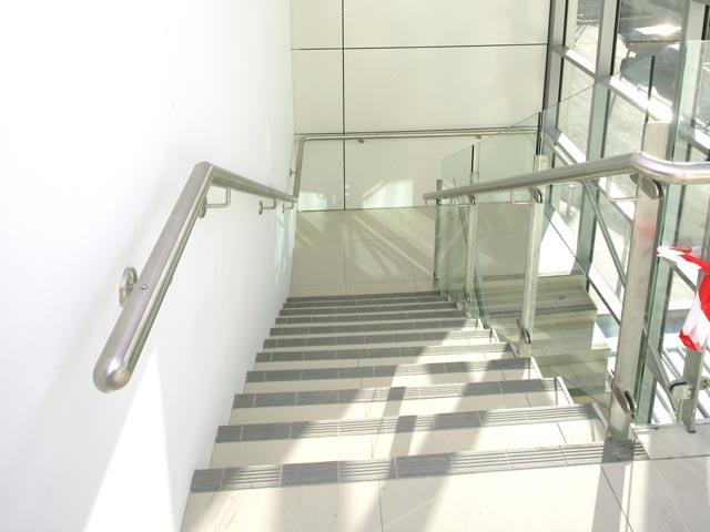 aluminium-partition-fit-outs-2